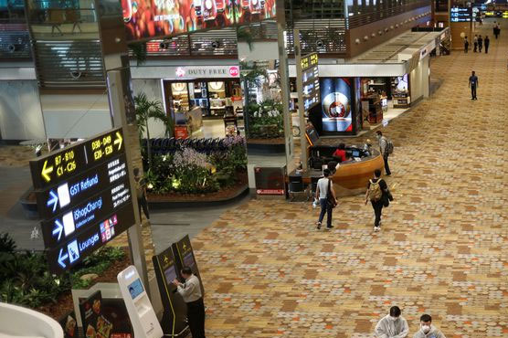 Singapore eyes quarantine-free travel with U.S. before year-end