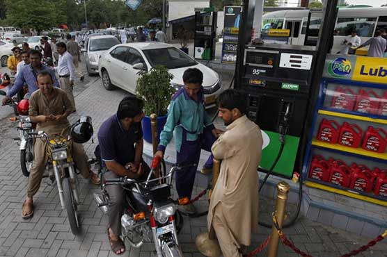 OGRA recommends Rs 5.90 hike in price of petrol