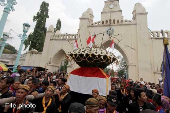 دنیا بھر میں نبیﷺ کی آمد کا جشن عقیدت و احترام سے منایا گیا