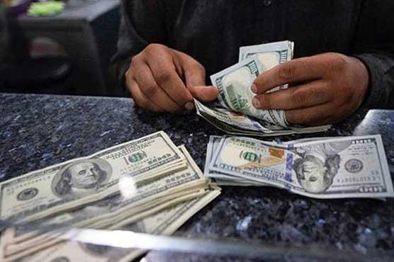 روپے کے مقابلے میں امریکی ڈالر کی قدر بڑھنے کا سلسلہ جاری