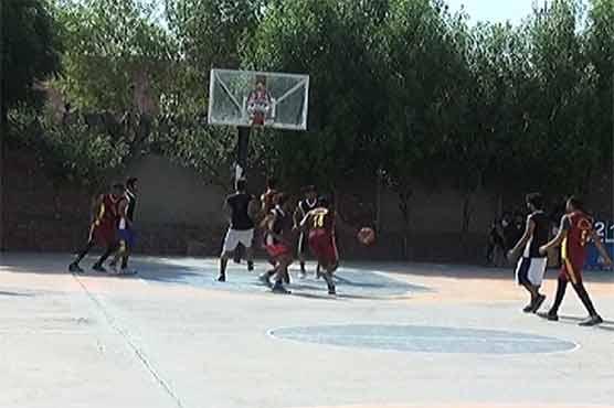فیصل آباد: باسکٹ بال فائنل میں میزبان ٹیم نے ٹوبہ ٹیک سنگھ کو شکست سے دوچار کر دیا