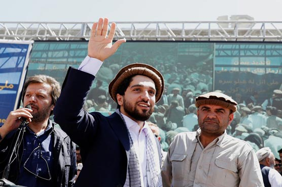 Leader of Afghan hold-out region says he is ready to talk with Taliban