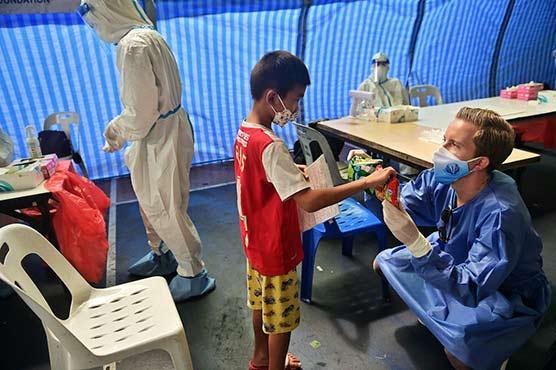 Mass Covid testing launched in Bangkok's biggest slum