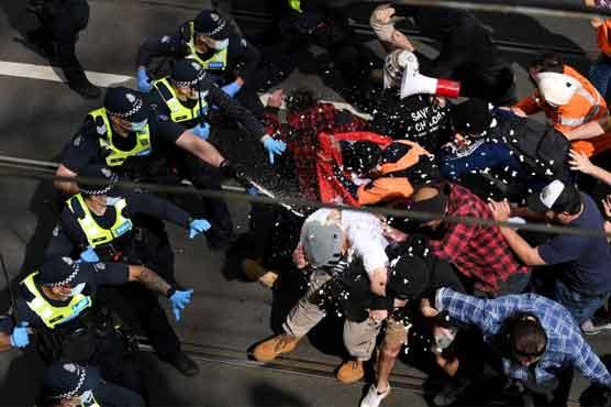 آسٹریلیا میں کورونا لاک ڈاؤن کیخلاف مظاہرے جھڑپوں میں بدل گئے