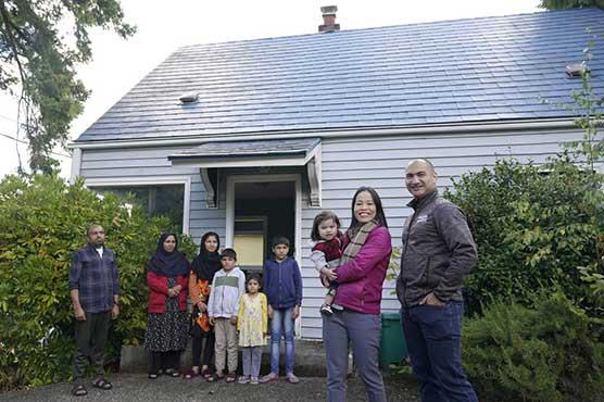 'We were them:' Vietnamese Americans help Afghan refugees