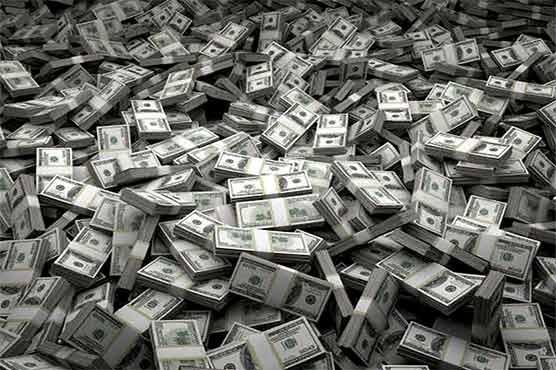انٹر بینک مارکیٹ میں امریکی ڈالر 17 پیسے سستا