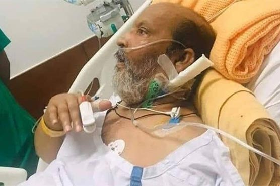 Umer Sharif admitted to German hospital after suffering fever due to fatigue